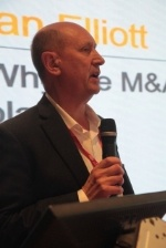 Image of Ian Elliott, CEO Power Ecommerce presenting at RemaxWorld Summit Oct 15, 2015